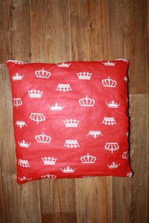 Подушка для вигвама Красные Короны